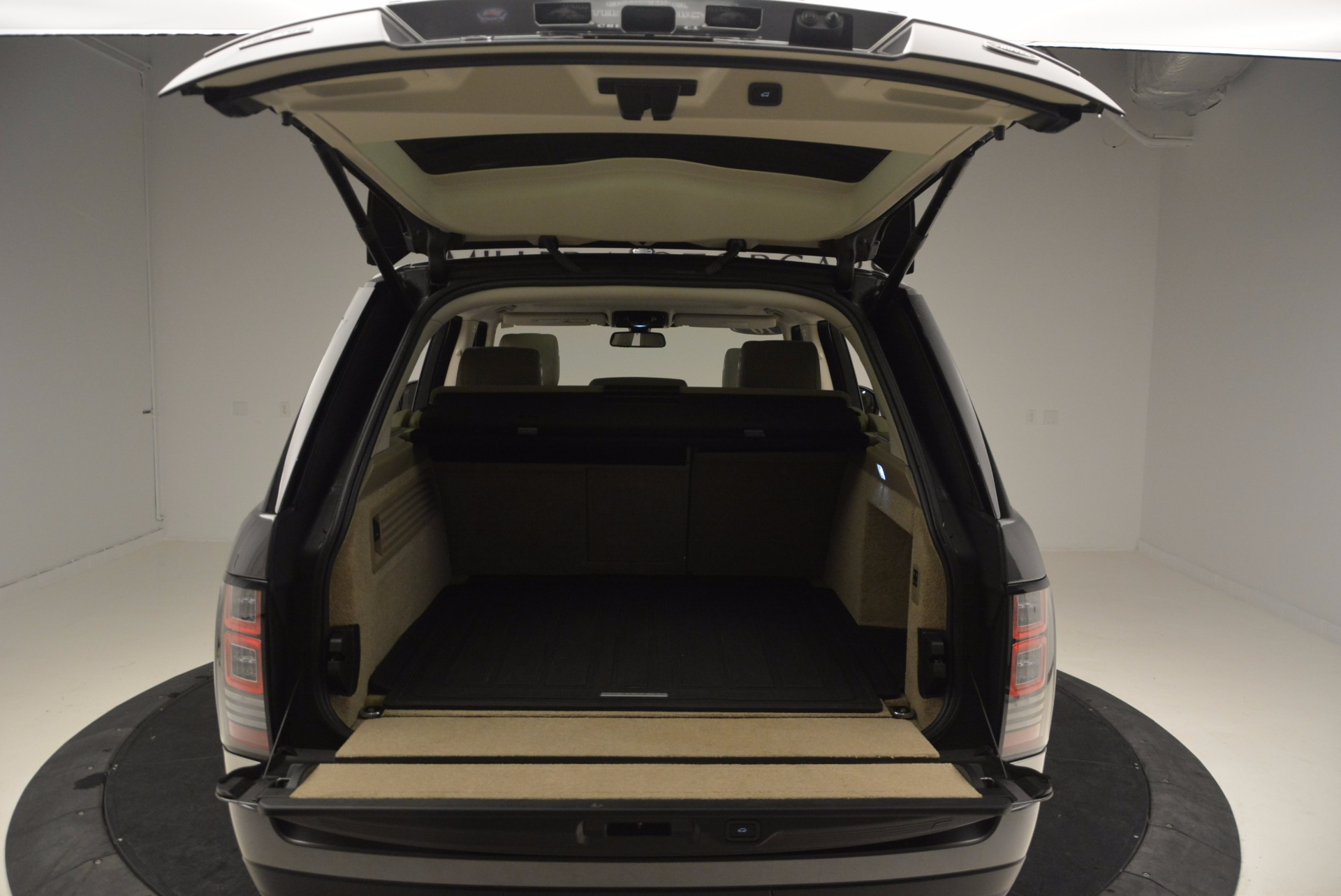Used 2016 Land Rover Range Rover HSE TD6 For Sale In Greenwich, CT 999_p37