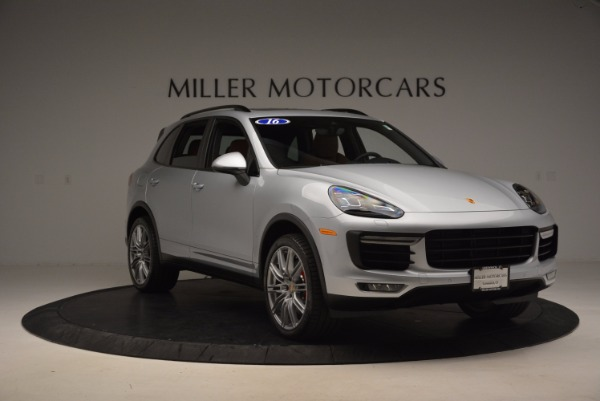 Used 2016 Porsche Cayenne Turbo for sale Sold at Bentley Greenwich in Greenwich CT 06830 11