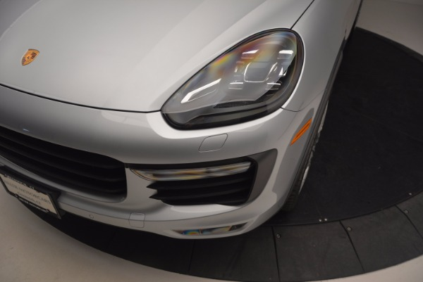 Used 2016 Porsche Cayenne Turbo for sale Sold at Bentley Greenwich in Greenwich CT 06830 14