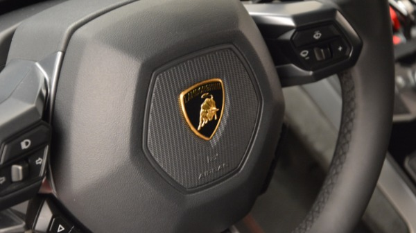 Used 2016 Lamborghini Huracan LP 580-2 for sale Sold at Bentley Greenwich in Greenwich CT 06830 24