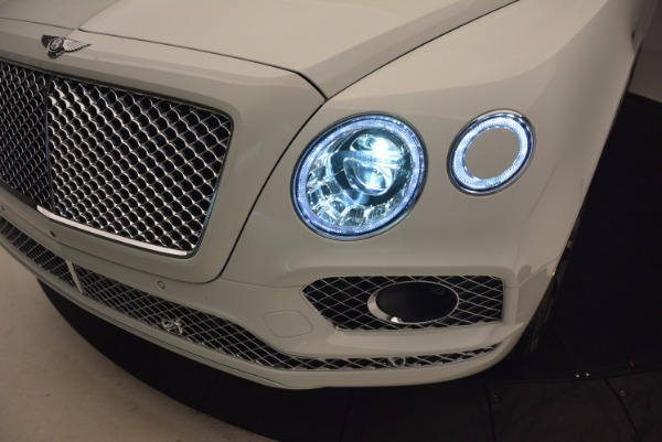 Used 2017 Bentley Bentayga for sale Sold at Bentley Greenwich in Greenwich CT 06830 16