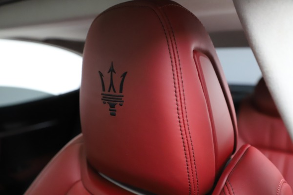 Used 2017 Maserati Ghibli S Q4 for sale Sold at Bentley Greenwich in Greenwich CT 06830 17