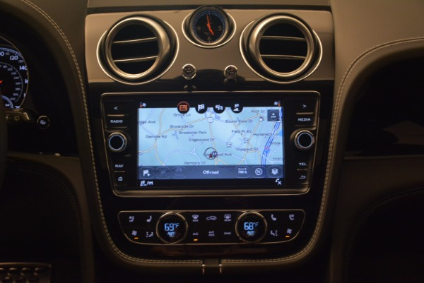 New 2017 Bentley Bentayga for sale Sold at Bentley Greenwich in Greenwich CT 06830 23