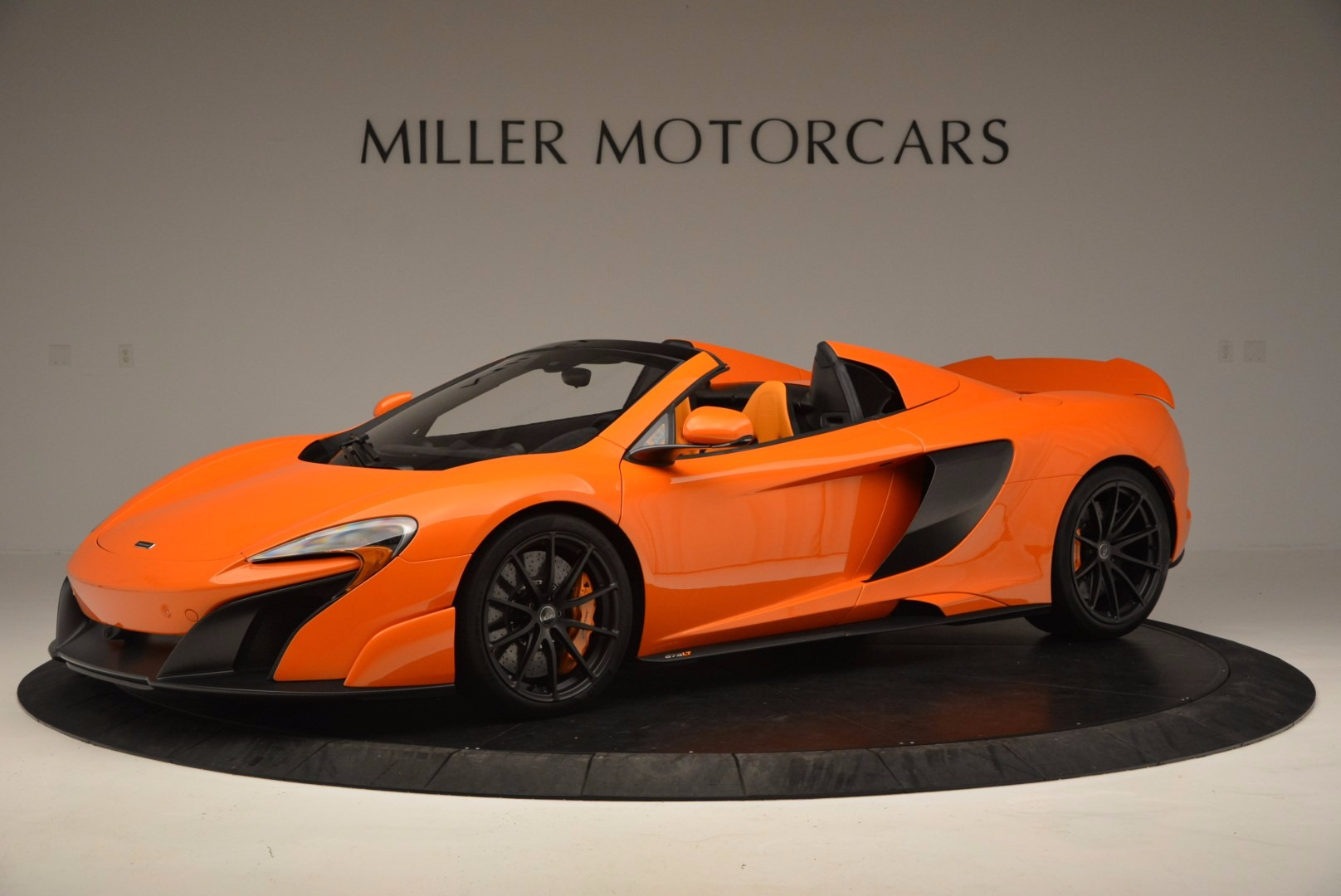 Used 2016 McLaren 675LT Spider Convertible for sale Sold at Bentley Greenwich in Greenwich CT 06830 1