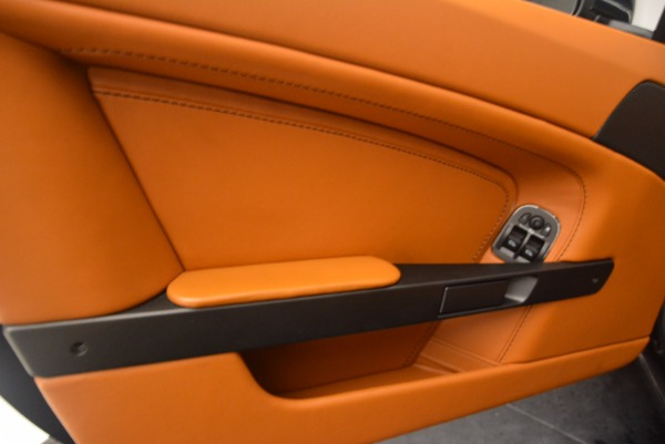 Used 2009 Aston Martin V8 Vantage for sale Sold at Bentley Greenwich in Greenwich CT 06830 16