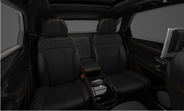 Used 2017 Bentley Bentayga for sale Sold at Bentley Greenwich in Greenwich CT 06830 8