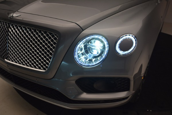 New 2018 Bentley Bentayga Onyx for sale Sold at Bentley Greenwich in Greenwich CT 06830 17
