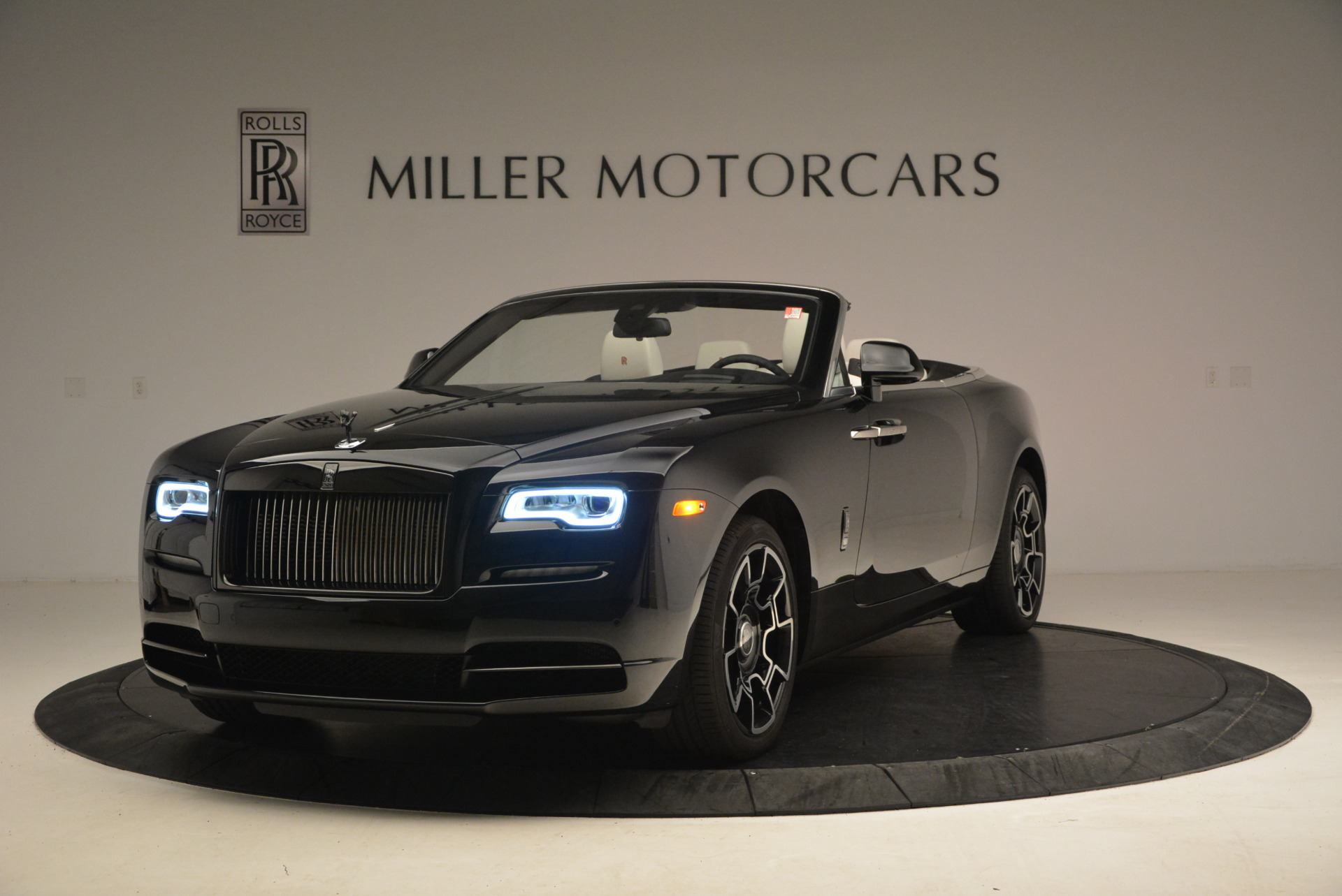 Used 2018 Rolls-Royce Dawn Black Badge for sale Call for price at Bentley Greenwich in Greenwich CT 06830 1
