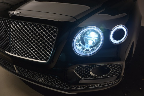 New 2018 Bentley Bentayga Activity Edition-Now with seating for 7!!! for sale Sold at Bentley Greenwich in Greenwich CT 06830 19