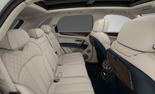 Used 2017 Bentley Bentayga for sale Sold at Bentley Greenwich in Greenwich CT 06830 7