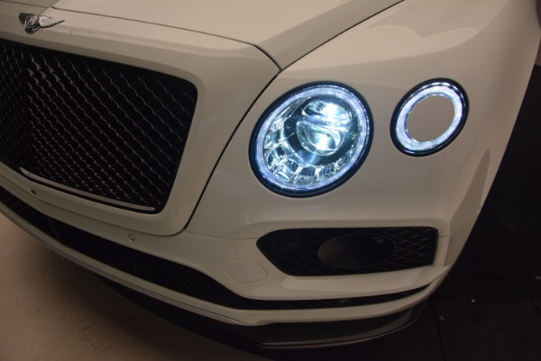 New 2018 Bentley Bentayga Black Edition for sale Sold at Bentley Greenwich in Greenwich CT 06830 19