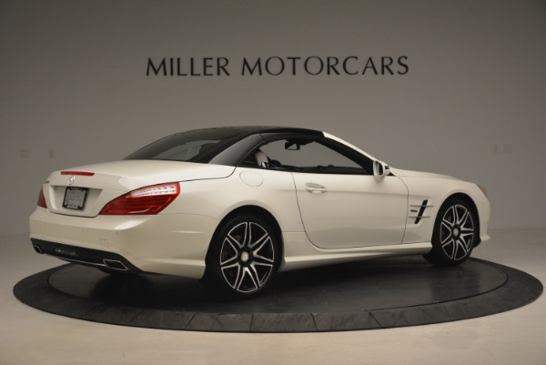 Used 2015 Mercedes Benz SL-Class SL 550 for sale Sold at Bentley Greenwich in Greenwich CT 06830 22
