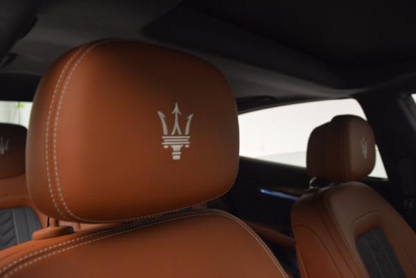 New 2017 Maserati Quattroporte S Q4 GranLusso for sale Sold at Bentley Greenwich in Greenwich CT 06830 19