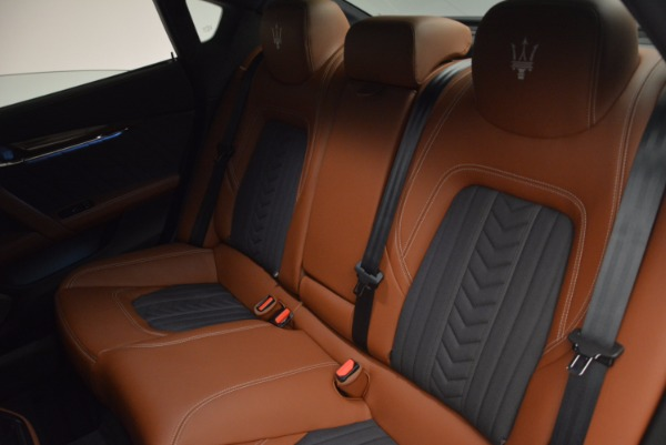 New 2017 Maserati Quattroporte S Q4 GranLusso for sale Sold at Bentley Greenwich in Greenwich CT 06830 28