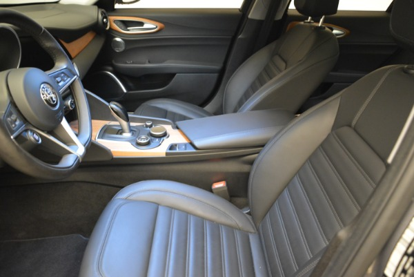 New 2017 Alfa Romeo Giulia Ti Lusso Q4 for sale Sold at Bentley Greenwich in Greenwich CT 06830 14