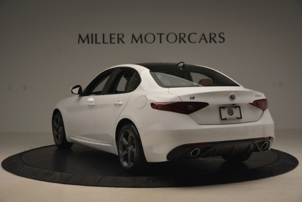 New 2017 Alfa Romeo Giulia Q4 for sale Sold at Bentley Greenwich in Greenwich CT 06830 5