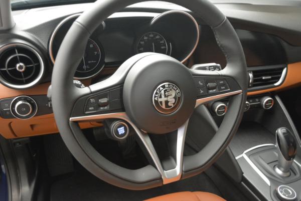 New 2017 Alfa Romeo Giulia Q4 for sale Sold at Bentley Greenwich in Greenwich CT 06830 13