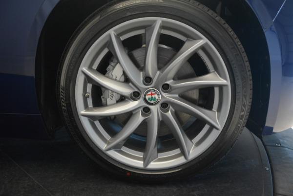 New 2017 Alfa Romeo Giulia Q4 for sale Sold at Bentley Greenwich in Greenwich CT 06830 21