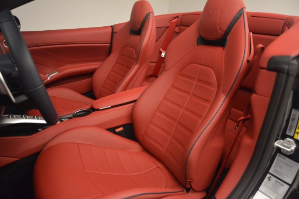 Used 2017 Ferrari California T for sale Sold at Bentley Greenwich in Greenwich CT 06830 27