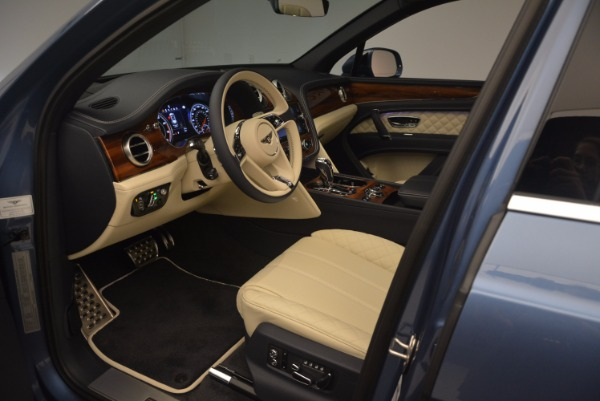 New 2018 Bentley Bentayga for sale Sold at Bentley Greenwich in Greenwich CT 06830 22