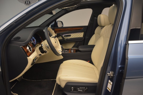 New 2018 Bentley Bentayga for sale Sold at Bentley Greenwich in Greenwich CT 06830 23