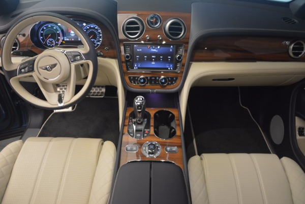 New 2018 Bentley Bentayga for sale Sold at Bentley Greenwich in Greenwich CT 06830 26