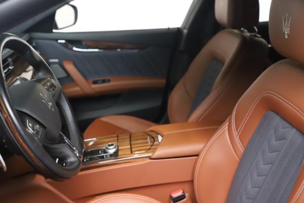 Used 2017 Maserati Quattroporte SQ4 GranLusso/ Zegna for sale $62,900 at Bentley Greenwich in Greenwich CT 06830 14