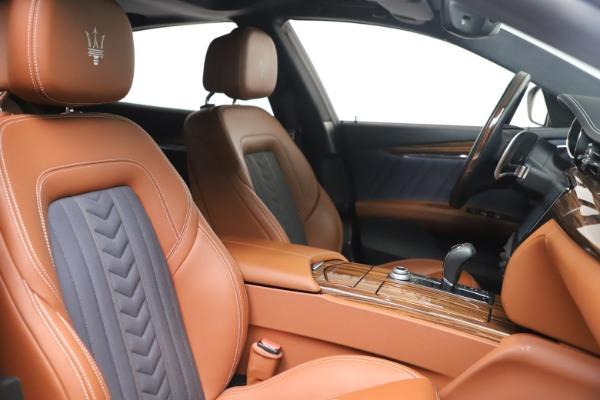 Used 2017 Maserati Quattroporte SQ4 GranLusso/ Zegna for sale $62,900 at Bentley Greenwich in Greenwich CT 06830 21