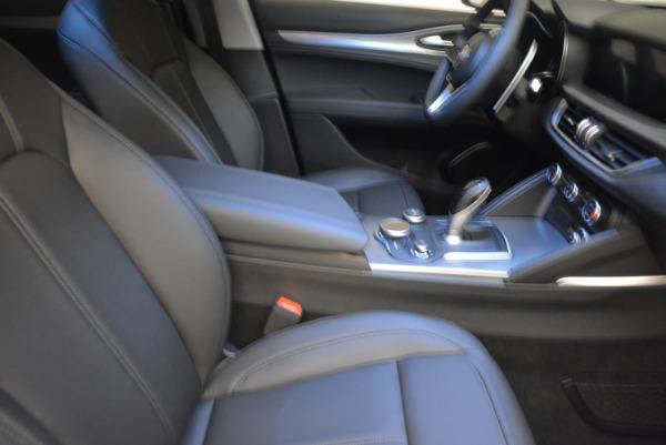 New 2018 Alfa Romeo Stelvio Sport Q4 for sale Sold at Bentley Greenwich in Greenwich CT 06830 20