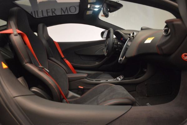 New 2017 McLaren 570GT for sale Sold at Bentley Greenwich in Greenwich CT 06830 22