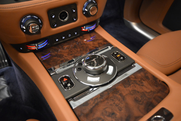 New 2018 Rolls-Royce Ghost for sale Sold at Bentley Greenwich in Greenwich CT 06830 25