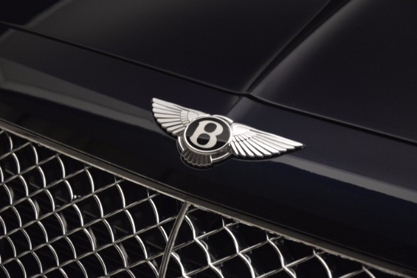 Used 2018 Bentley Bentayga W12 Signature for sale Sold at Bentley Greenwich in Greenwich CT 06830 14