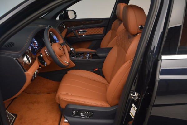 Used 2018 Bentley Bentayga W12 Signature for sale Sold at Bentley Greenwich in Greenwich CT 06830 24