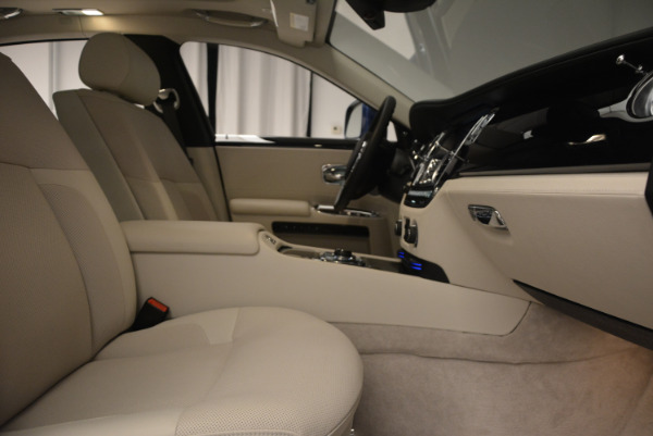Used 2010 Rolls-Royce Ghost for sale Sold at Bentley Greenwich in Greenwich CT 06830 21