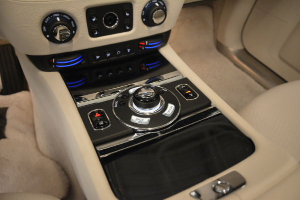 Used 2010 Rolls-Royce Ghost for sale Sold at Bentley Greenwich in Greenwich CT 06830 22