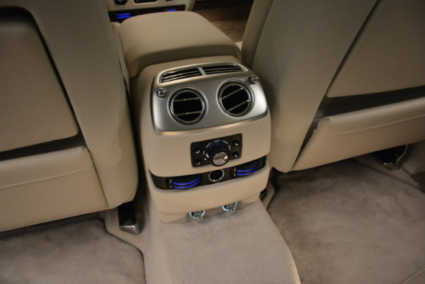 Used 2010 Rolls-Royce Ghost for sale Sold at Bentley Greenwich in Greenwich CT 06830 27