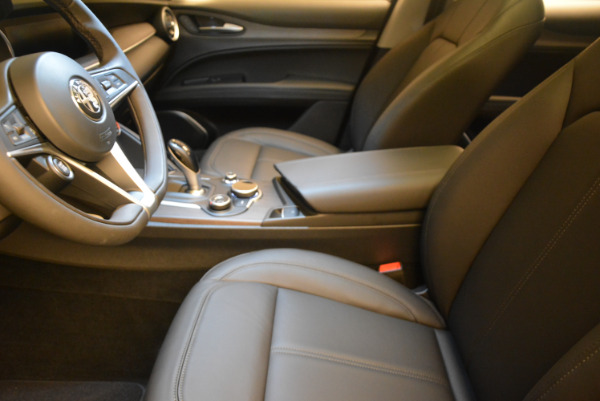 New 2018 Alfa Romeo Stelvio Ti Q4 for sale Sold at Bentley Greenwich in Greenwich CT 06830 14
