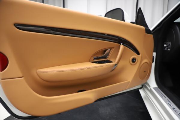 New 2017 Maserati GranTurismo Convertible Sport for sale Sold at Bentley Greenwich in Greenwich CT 06830 27