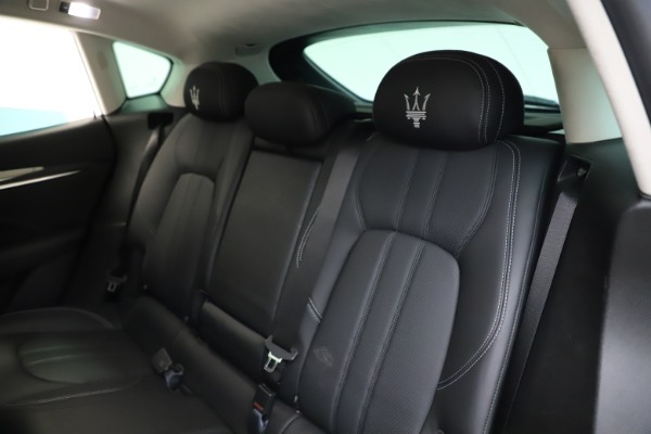 Used 2018 Maserati Levante SQ4 GranSport for sale $55,900 at Bentley Greenwich in Greenwich CT 06830 18