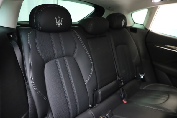 Used 2018 Maserati Levante SQ4 GranSport for sale $55,900 at Bentley Greenwich in Greenwich CT 06830 26