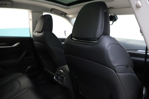 Used 2018 Maserati Levante SQ4 GranSport for sale $55,900 at Bentley Greenwich in Greenwich CT 06830 28