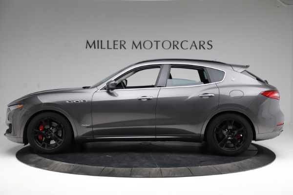Used 2018 Maserati Levante SQ4 GranSport for sale $55,900 at Bentley Greenwich in Greenwich CT 06830 3