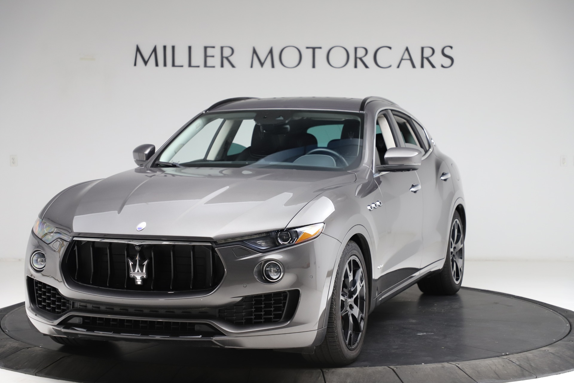 Used 2018 Maserati Levante SQ4 GranSport for sale $55,900 at Bentley Greenwich in Greenwich CT 06830 1