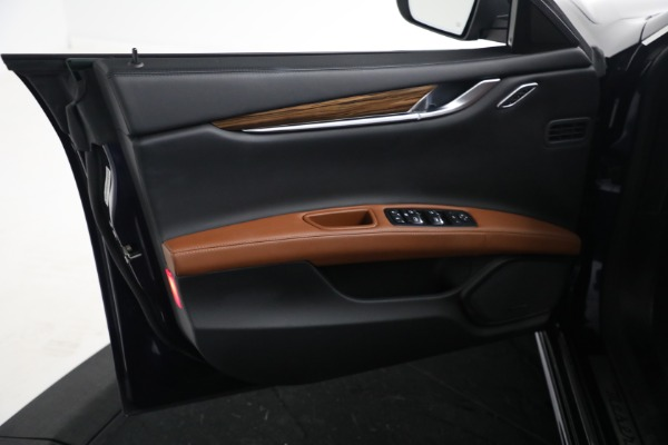 New 2018 Maserati Ghibli S Q4 GranLusso for sale Sold at Bentley Greenwich in Greenwich CT 06830 15
