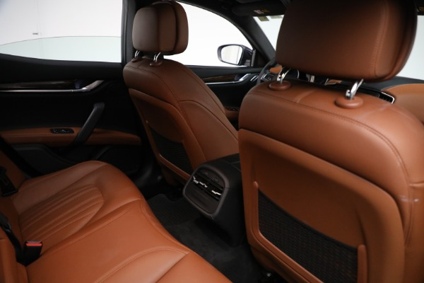 New 2018 Maserati Ghibli S Q4 GranLusso for sale Sold at Bentley Greenwich in Greenwich CT 06830 23