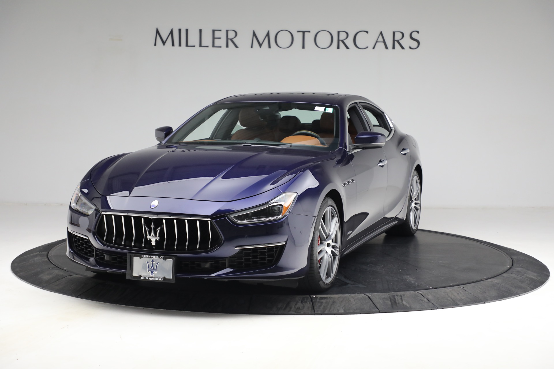 Used 2018 Maserati Ghibli S Q4 GranLusso for sale $56,900 at Bentley Greenwich in Greenwich CT 06830 1
