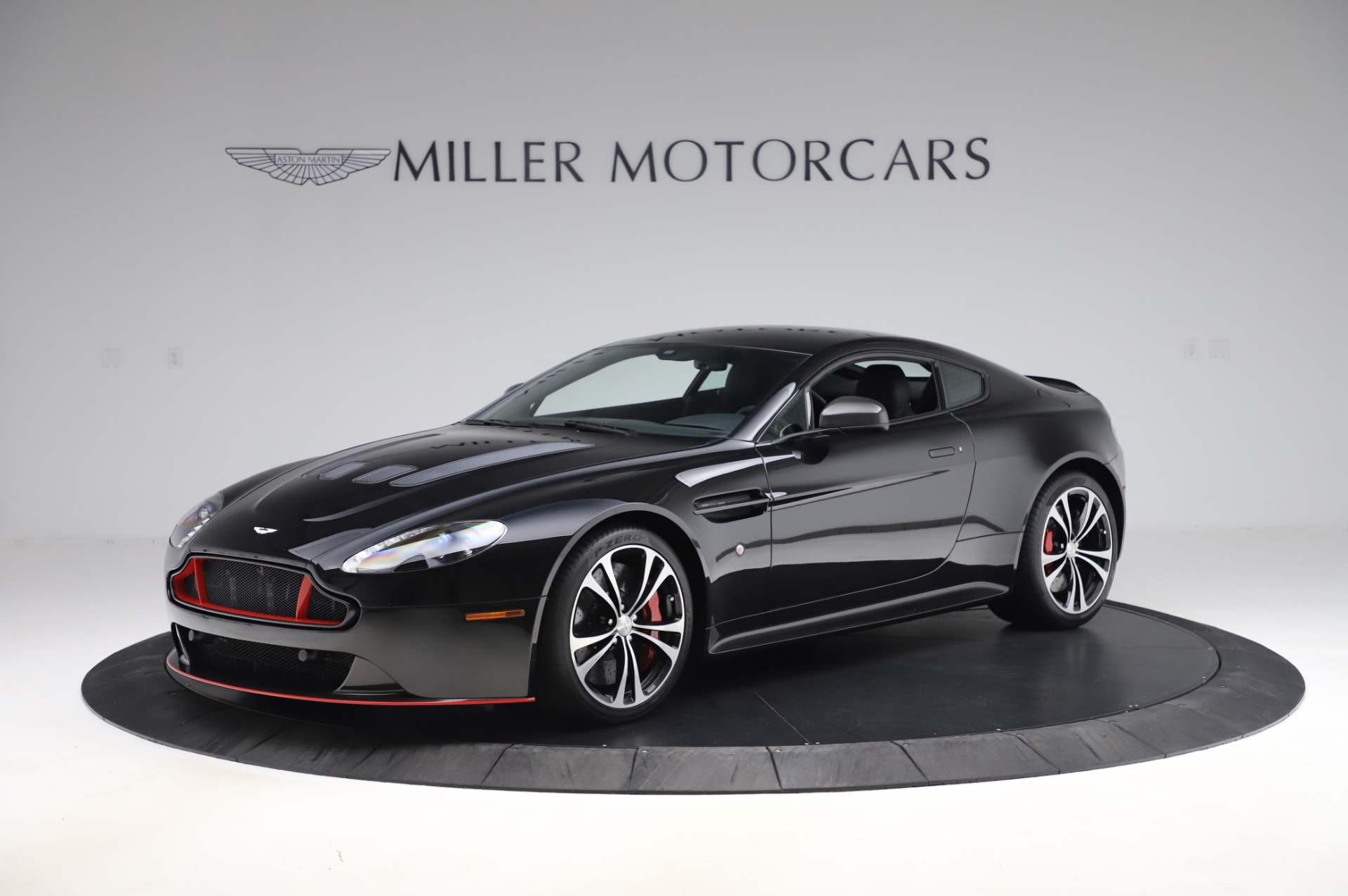 Used 2017 Aston Martin V12 Vantage S Coupe for sale $179,900 at Bentley Greenwich in Greenwich CT 06830 1