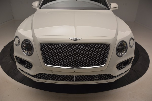 Used 2018 Bentley Bentayga Onyx for sale Call for price at Bentley Greenwich in Greenwich CT 06830 13
