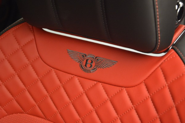 Used 2018 Bentley Bentayga Onyx for sale Call for price at Bentley Greenwich in Greenwich CT 06830 20