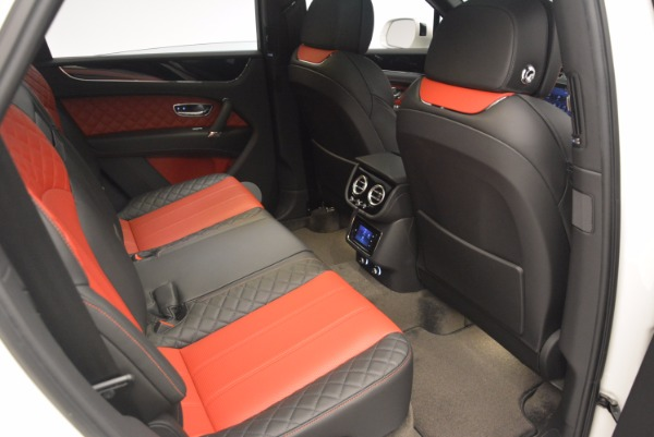 Used 2018 Bentley Bentayga Onyx for sale Call for price at Bentley Greenwich in Greenwich CT 06830 24
